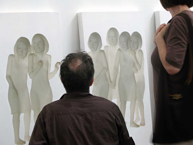 MICHIKO NAKATANI Ihre Arbeiten Image Existing There bei der Ausstellungseröffnung